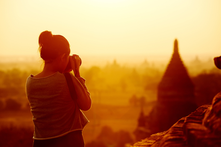 7 Things a Photographer Should Never Travel Without