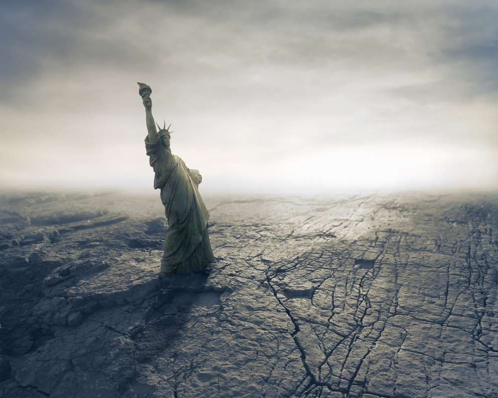 Statue of Liberty on Apocalyptic Background Image @Olly2